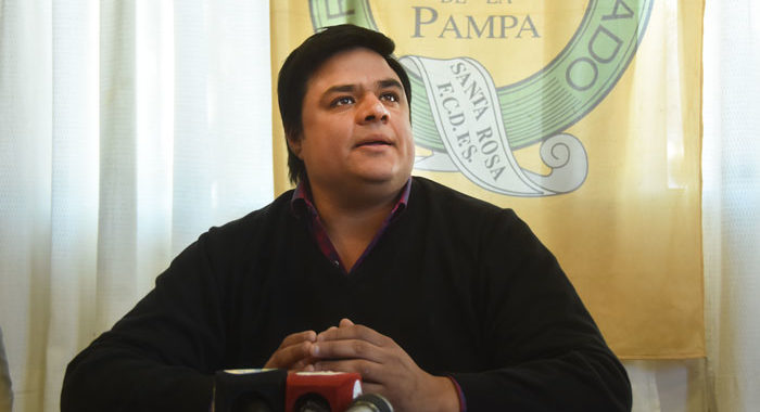 """Tapié, sobre Vicentin: """"Este gobierno ve al agro como el malo de la película"""""""