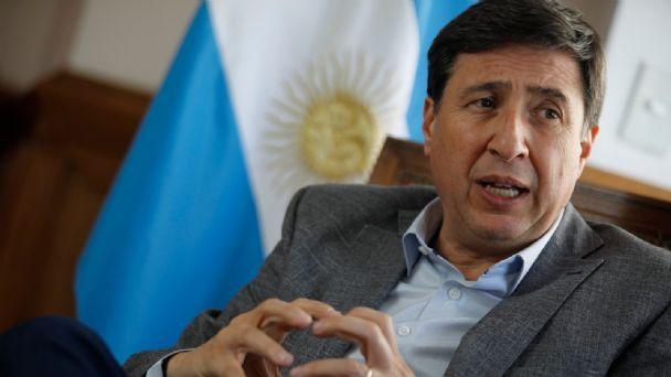 Daniel Arroyo echó al funcionario que realizó la compra de alimentos con sobreprecios para ayuda social