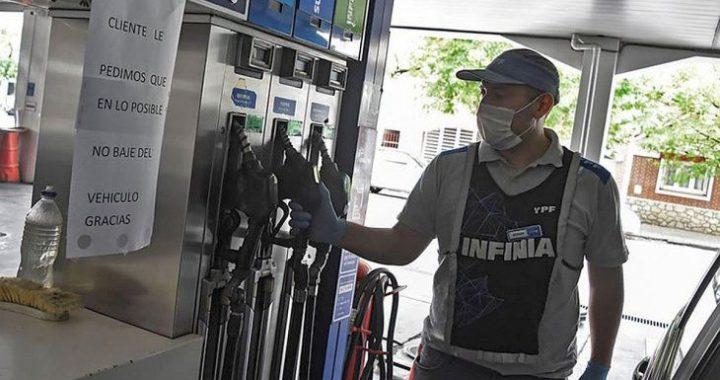 Un respiro; Suben los impuestos a combustibles pero no se trasladan al surtidor
