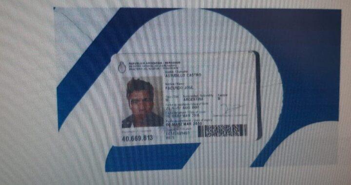 Aparecieron fotos del DNI de Facundo Astudillo Castro en un celular de los policías