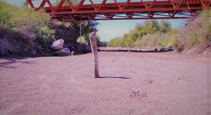 Mendocinos se mofan de que el Atuel en La Pampa está seco