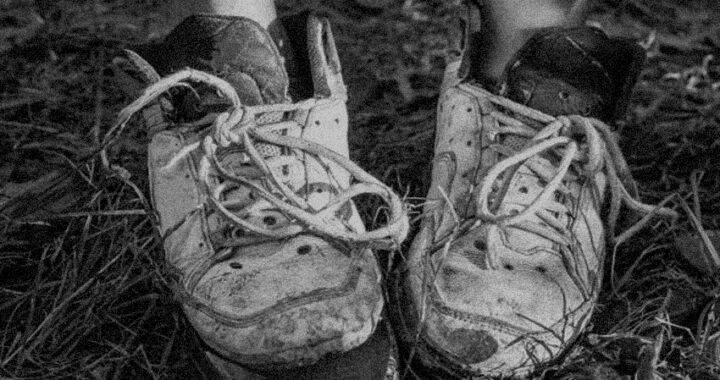 Zapatillas: lo que más buscan y menos consiguen las familias pobres en Santa Rosa