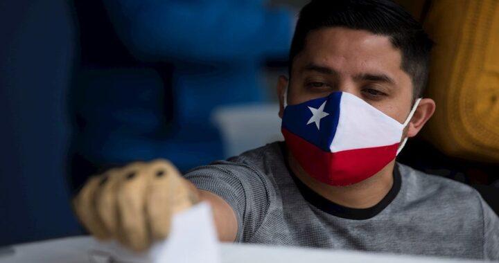 Pese a tener el 60% de la población vacunada, Chile vuelve al confinamiento total