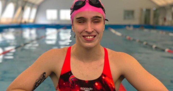"""Anita Pellitero, la nadadora paralímpica de Pico que ya visualiza el mundial de Portugal: """"Me gusta tener un poco de presión"""""""